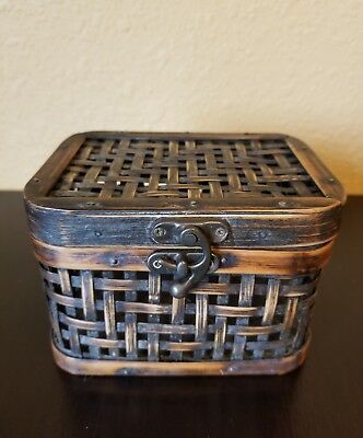 Vintage Wicker Wooden Antique Style Treasure Chest Storage Box Trunk. Home Decor