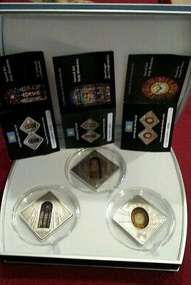 Palau 2011 Holy Windows Sacred Art Compostela Saint Peters Patrick SET 3 coins