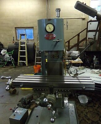 Clausing 8512 Vertical Mill / Milling Machine 8520 Variant -  Raytheon Water Jet