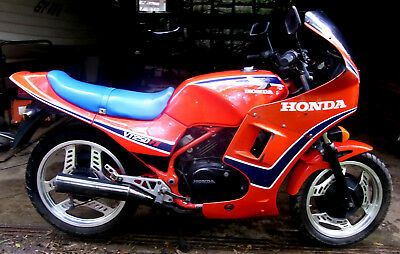 HONDA VT250 F11. 12/84.  14596 km. Original condition.