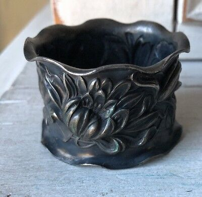 Antique Vintage Silverplate Napkin Ring Repousse Floral