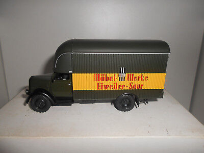 OPEL BLITZ MOBEL WERKE TEST DeAGOSTINI TRUCKS GERMANY IXO 1:43