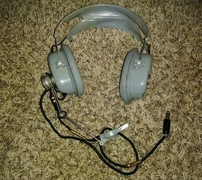 Super Rare Vietnam USAF H-157/AIC Helicopter Combat Pilot Headset Roanwell