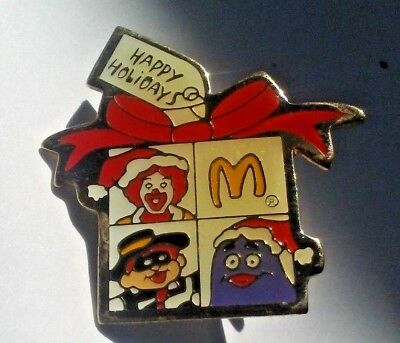 Vintage McDonald's Employee Lapel Pin Christmas Happy Holidays Crew