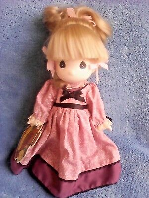 """Precious Moments Children Of The World """"carla"""" From America Doll With Tag"""