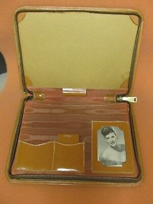 Vintage Traveling Stationary Case_Leatherette_1950s_Writing Pad_Zipper Case