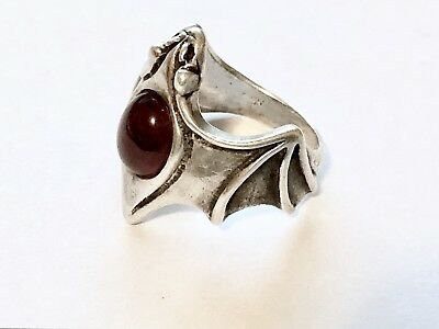 VINTAGE Sterling Silver Bat Ring with Red Center StoneSIZE 9.5