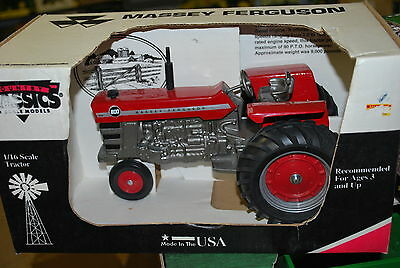1/16 MASSEY FERGUSON 1100 tractor w/ narrow front, New in Box by Scale  Models