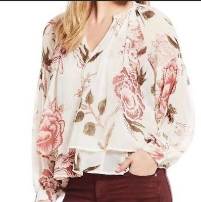 582bbf2c730 Lucky Brand Woman s Red  green Floral Printv Neck Blouse Long Sleeve Sz S  B20s