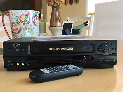 philips magnavox vrz255at vcr vhs player recorder remote manual rh picclick com Old Philips Magnavox Manuals Magnavox VCR ZV427MG9 Manual