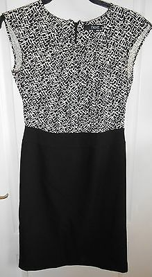 Next Black & White Print Semi Fitted Style Fully Lined Dress size 8