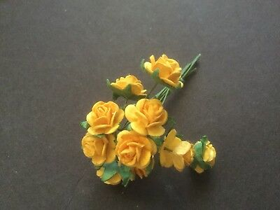10 Paper Roses on a Wire Stem (Bright Yellow)
