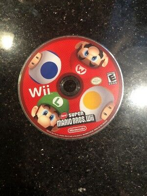New Super Mario Bros. Wii (Nintendo Wii, 2008) Disc Only Scratches