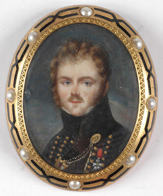 """Jean-Baptiste Isabey-Circle """"French hussar officer"""", high quality miniature,1810"""