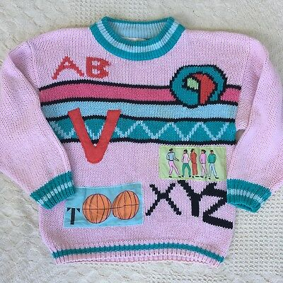 Size by Side Vintage 1980s Girls Chunky Pink Graphic Sweater Size Medium 10-12
