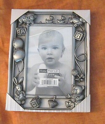 baby / young child picture frame, metal 4X6, 3D