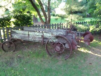 Antique Horse Drawn Manure Spreader ca 1920