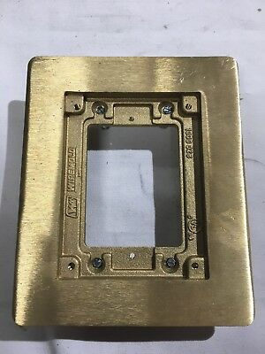 Legrand Wiremold 817B Brass Omnibox Floor Boxes 1 Gang Carpet and Tile Flange