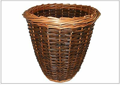 Make this Willow Wastepaper Basket: a weaving kit for complete beginners.