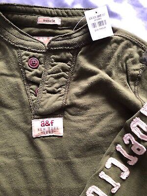 BNWT Abercrombie A&F Boys Khaki Green Long sleeve Tee Shirt - kids medium