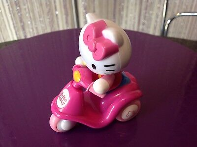 Dark Pink New 65009 Hello Kitty Baby Mini Scooter Tricycle