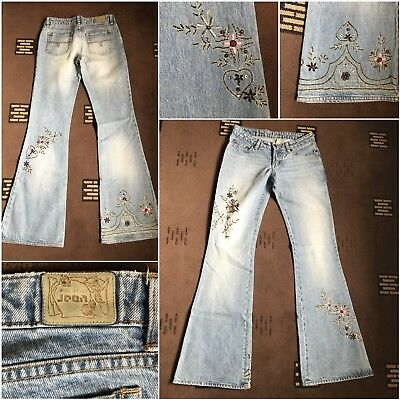 ladies ted baker jeans W26 L32 light blue with sequins used (18)