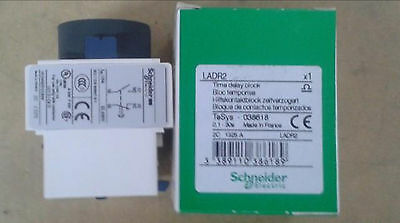 NEW IN BOX Schneider Time Delay Block LADR2 0.1-30s #FP