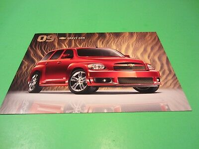 2009 Chevy HHR Showroom Sales Brochure Mint Condition