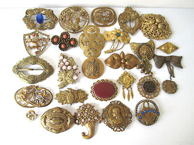 Vintage Pins Brooches Brass & Bronze Unsigned Different Shapes & Sizes Lot of 27