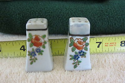 Small Salt and Pepper antique handpainted Japan