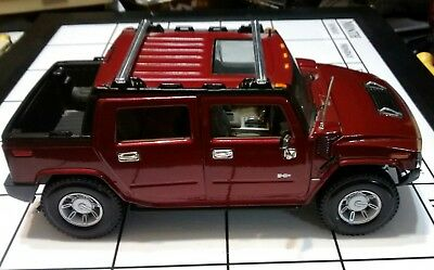 "HUMMER H2 SUV Red By Maisto ""Premier Edition"" 1:18 Scale """