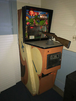 1972 arcade Shooting Sniper Rifle Game  pinball  vintage OPEN TO OFFER MUST GO!!