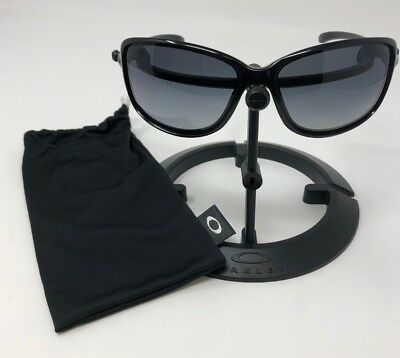 1cce29830e Authentic Oakley Cohort Polished Black w  Grey Gradient Sunglasses OO9301-04