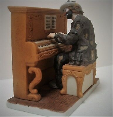 Flambro Miniature Emmett Kelly Jr Signature Collection **THE PIANO PLAYER**
