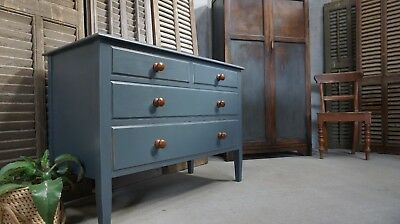 Antique Chest of Drawers / Mahogany Chest of Drawers