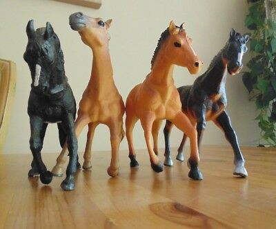 Toy Horse Lot (4) China 1395 Hard Plastic... NOT BREYER
