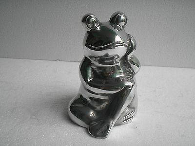 Decorative Metal Frog Toad Statue Figurine 7 inches