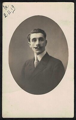 Carte Photo vintage card RPPC portrait d'homme moustachu