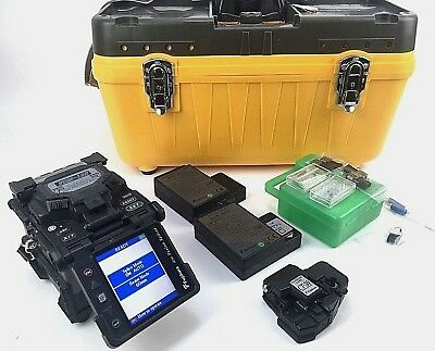 Fujikura FSM-18S SM MM Single Fiber Fusion Splicer + CT-30 Cleaver 488 Arc Count
