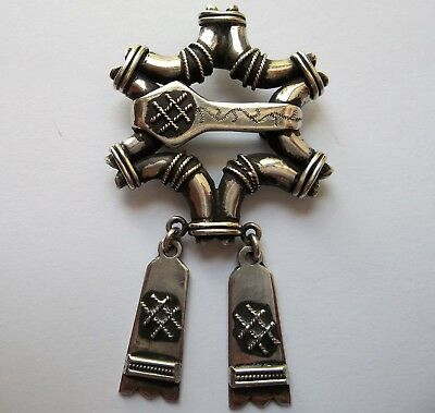 VINTAGE Heavy Scottish Dangle Solid Sterling Silver Pendant/Pin 22.74 Grams
