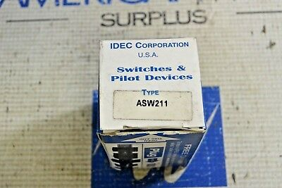 Idec Asw211 Selector Switch New In Box