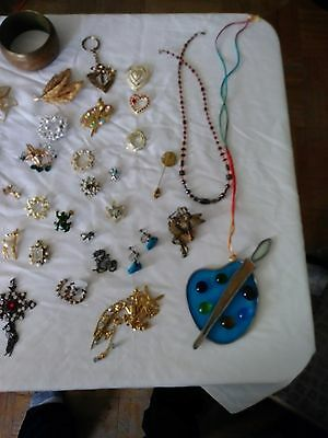 Jewelry Huge Lot Wearable Earrings Bracelets Necklaces Brooches Vintage Unique