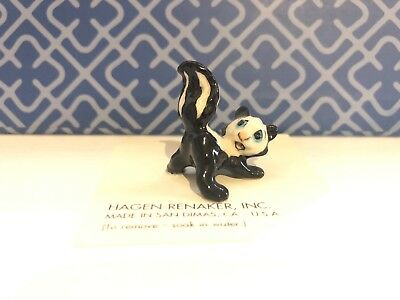 Vintage  Hagen Renaker Miniature Baby Spraying Skunk