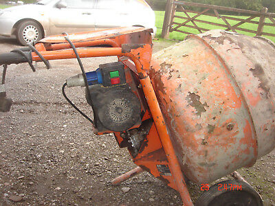 Bell 140 Mixer 240V In Good Working Order.