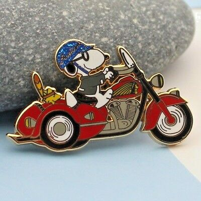 motorcycle peanuts  snoopy & woodstock pin  1 3/4 inch side car biker red