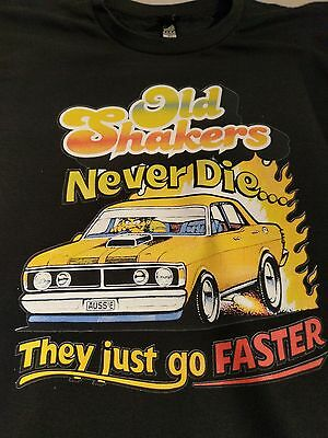 GT FORD FALCON  OLD SHAKERS NEVER DIE Retro Vintage  MEN'S & WOMEN'S T SHIRT