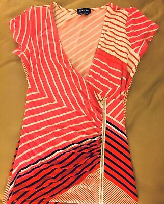 f54c371248ba7 BEBE nwot Medium Pink Black Red White Stripes V Neck Zipper Shirt Blouse Top