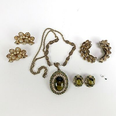 Costume Jewelry Great lot. See all the pictures.