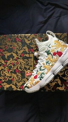 45190758dee77 Nike Lebron 15 Performance x KITH Kings Cloak White Floral Size 11 Worn For  1 Hr