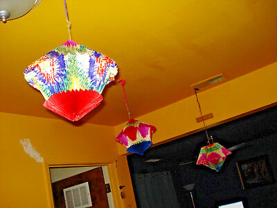 vintage lot 3 paper lanterns bright cheery colorful fan out to